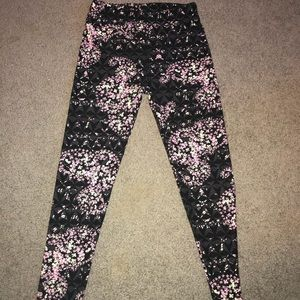 Lularoe patterned leggings